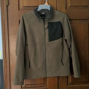 Like new men's North face zip up